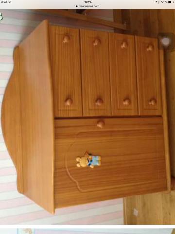Habitación infantil de madera maciza. Color miel. Marca