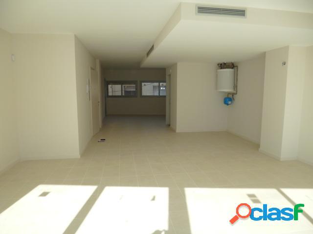 Local para alquilar en primer piso de obra nueva ideal para