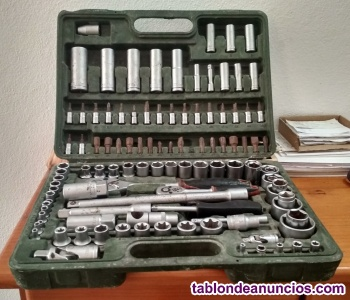 Maletín de herramientas llaves y carracas