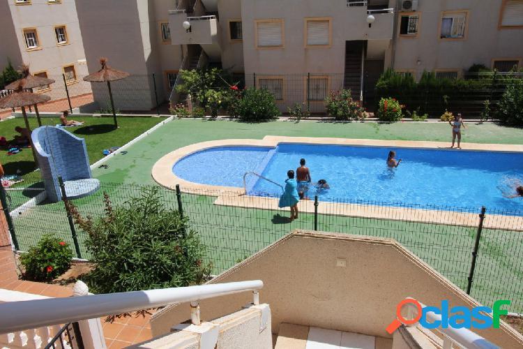 Piso de 3 dormitorios en urbanizacioon privada