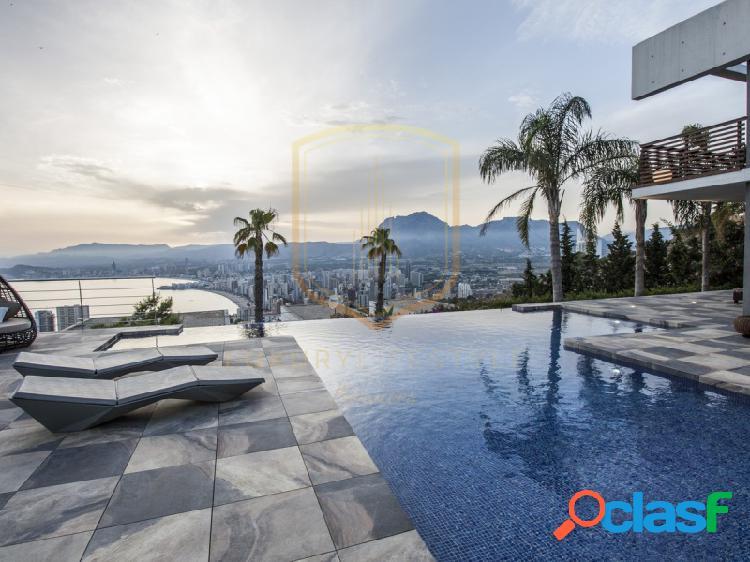 Villa de lujo de vistas espectaculares