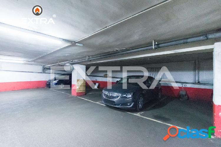 Parking en venta para coche en la Calle San Germán 57,
