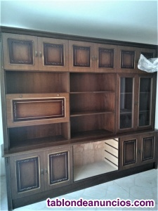 Mueble comedor de madera de nogal