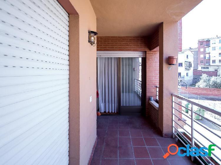 Piso en venta de 115 m² en Calle Gomesano, 26120 Albelda de