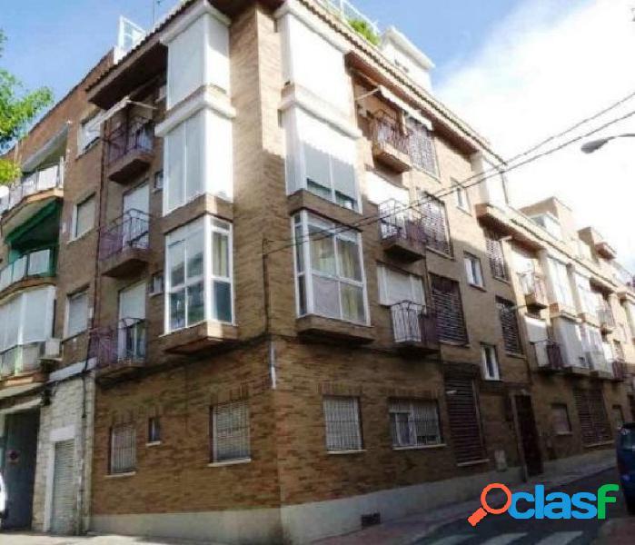 Piso en venta en calle Pedro Campos, zona Opañel, 28019