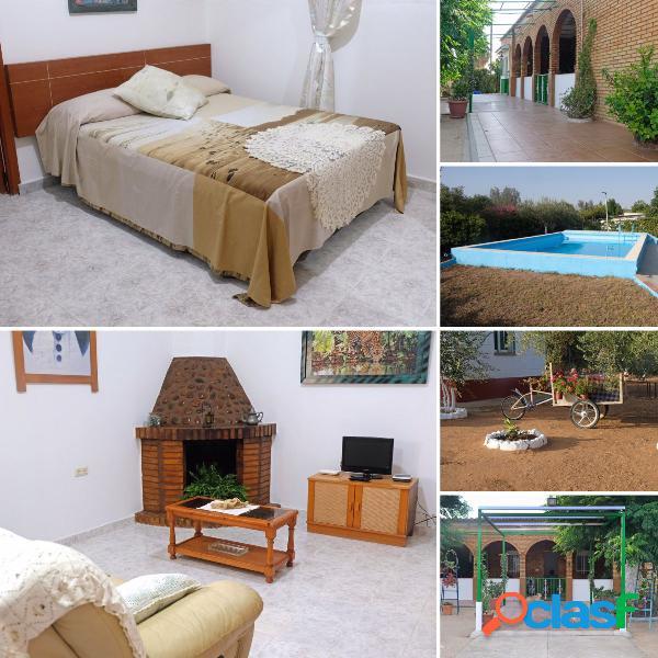Casa de una planta con piscina en venta en Urb. Camposol de