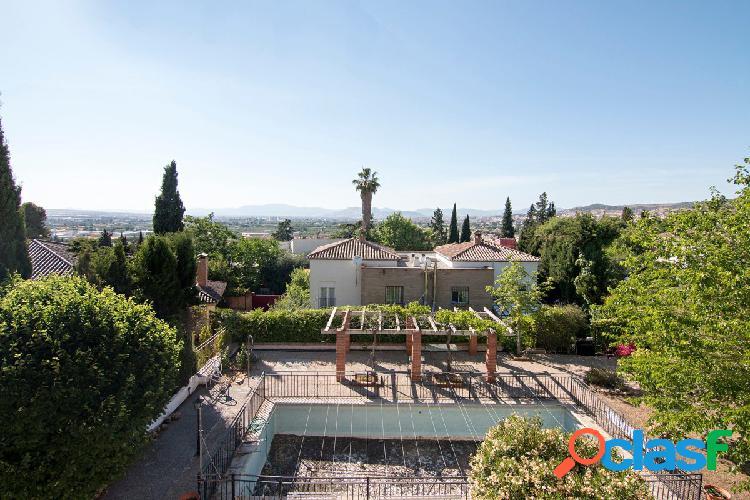 Casa en Bellavista Cajar 1300 m2 de parcela y 520 m2