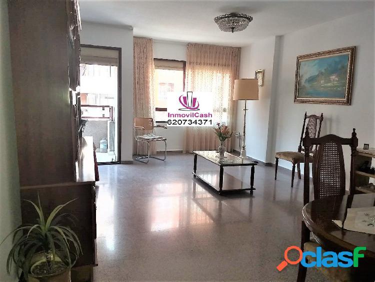 INMOVILCASH VENDE Excelente vivienda en zona Altozano con
