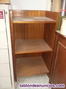 Mueble auxiliar bajo de madera