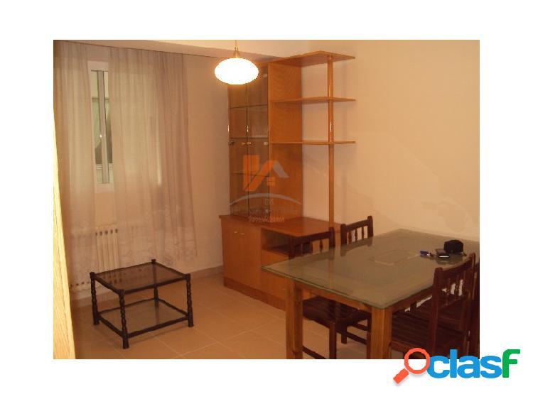 Se alquila apartamento de 2 habitaciones en Montero Ríos
