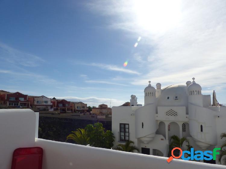 Se alquila duplex de dos habitaciones en Playa Paraiso