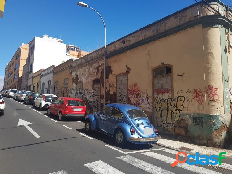 TERRENO EN LA CALLE ESPESO ESQUINA CALLE EL CIPRES