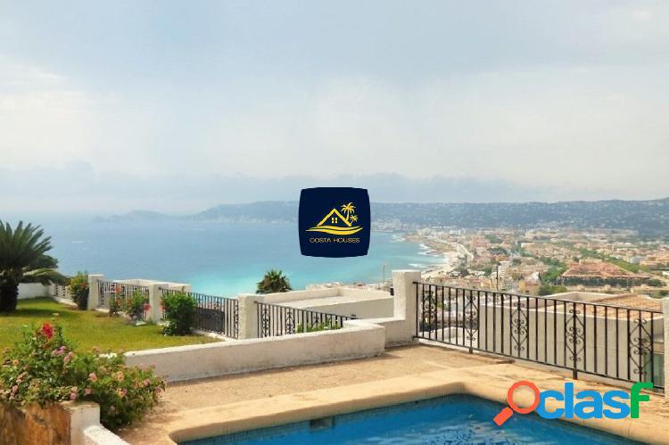 Villa Mediterránea con vistas al MAR en Javea · CORONA |