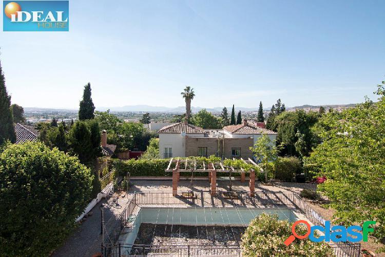 A4804V5. casa en Bellavista Cajar 1300m2 de parcela y 520m2