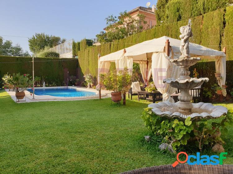 Estupenda casa en Bormujos (Sevilla)