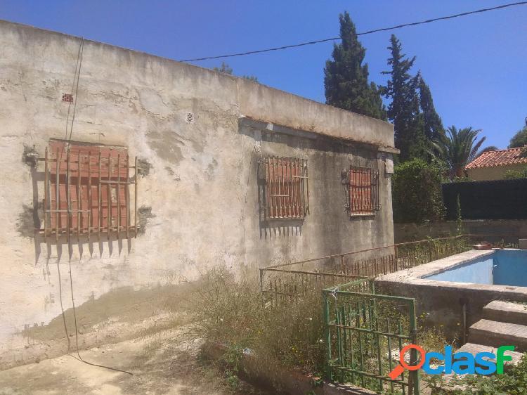 Ref. 03729 - Parcela urbana en Llíria, con casa de 84m2 -