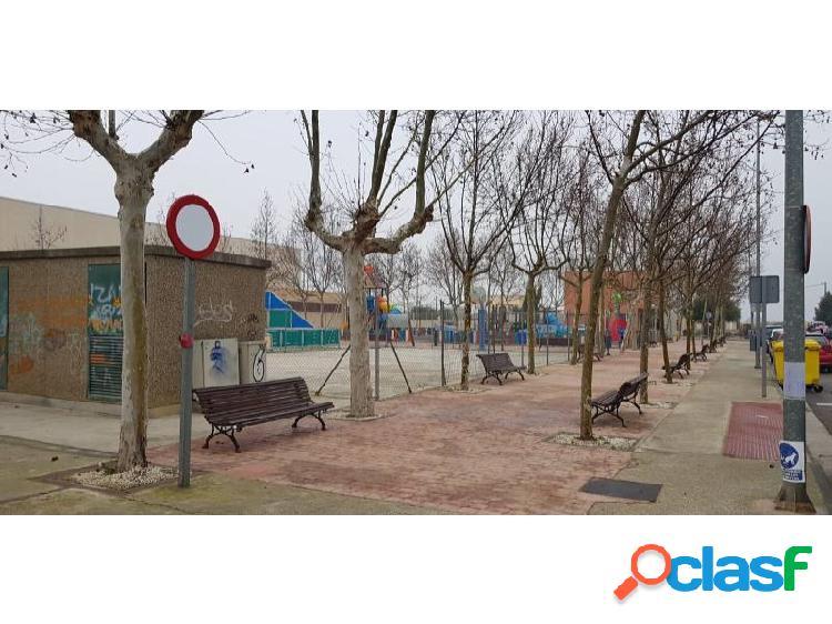 Vivienda unifamiliar en Zaragoza - Pastriz