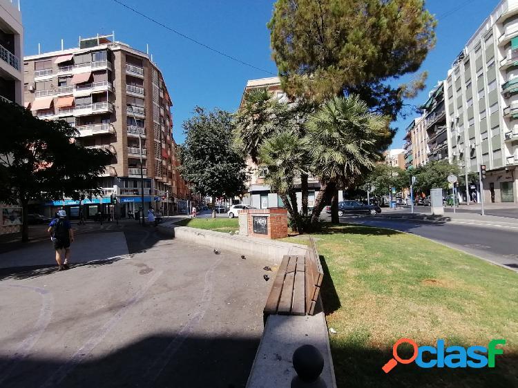 Piso de 4 dormitorios en el Pla del Bon Repos, Plaza Pio