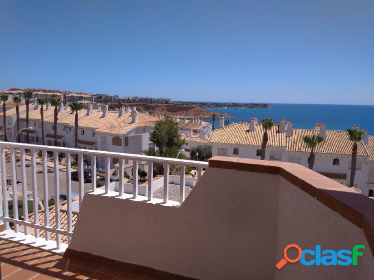 Apartamento dúplex en Aguamarina con piscina y vistas al