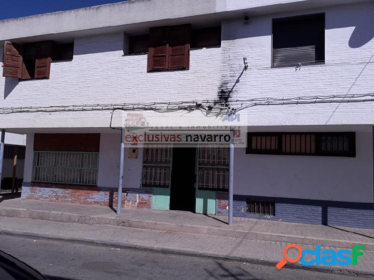 Casa en Pinos Puente. Barriada de la Paz. Necesita reforma