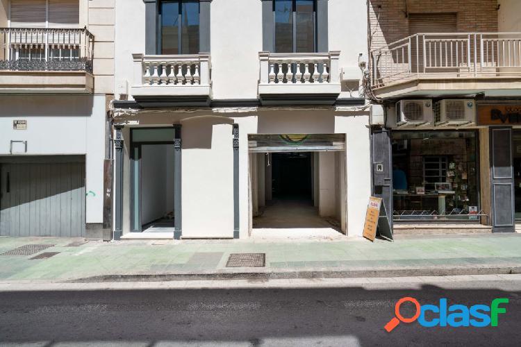 Local en Calle Granada