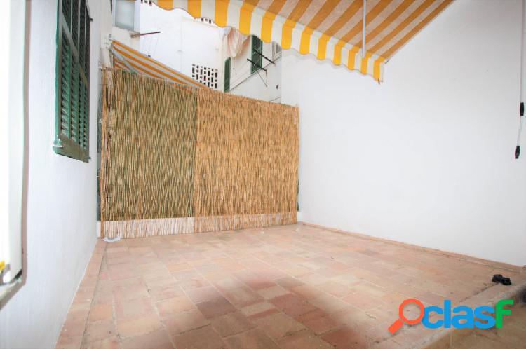 se vende piso totalmente reformado para entrar a vivir