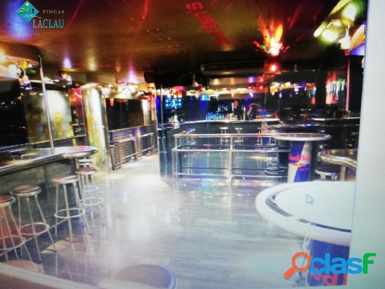 Bar con licencia de ambiente musical de venta o alquiler en