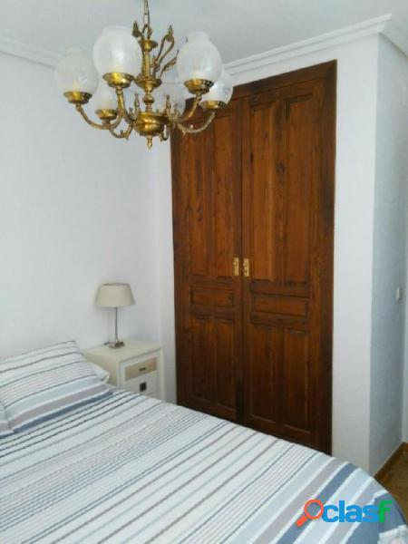 Urbis te ofrece un apartamento en alquiler en el Centro.