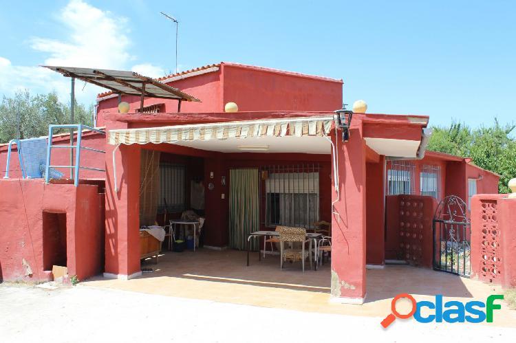 Casa de campo a la venta en zona El Llombo