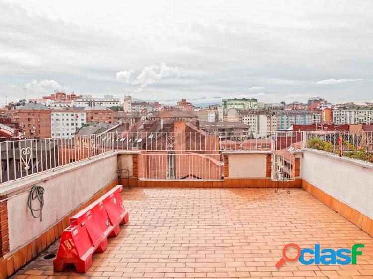 Deapi vende piso con dos terrazas en el centro de Oviedo