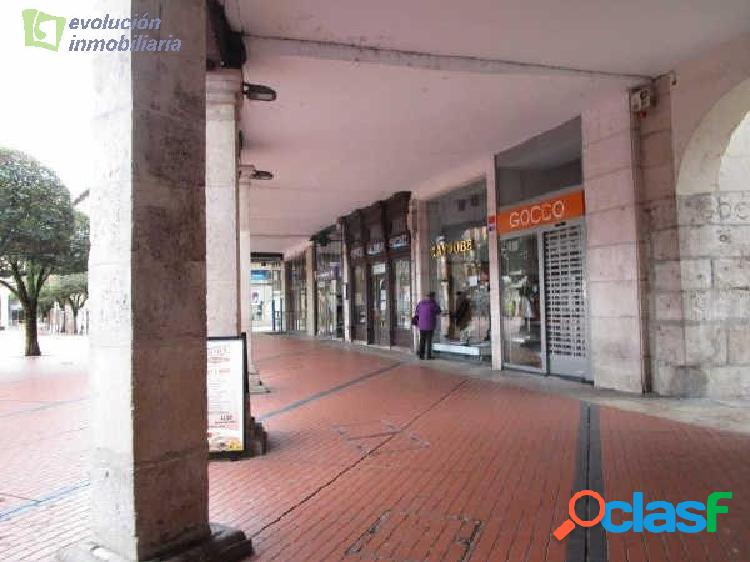 Local comercial en la Plaza Mayor de la Zona Centro de