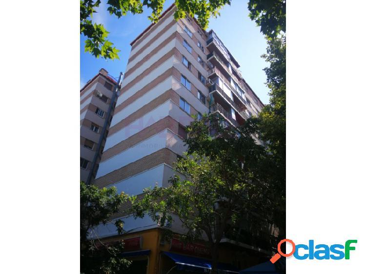 Oportunidad, piso en venta en Calle Comuneros de Castilla,