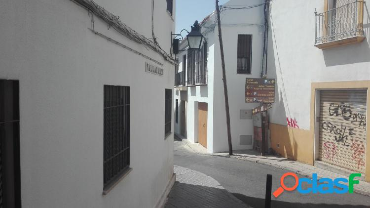 PISO EN PLENO CENTRO, calle Valladares.