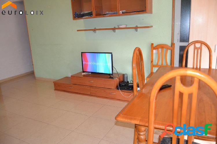 Piso de 3 dormitorios en la zona de Rincón de Loix