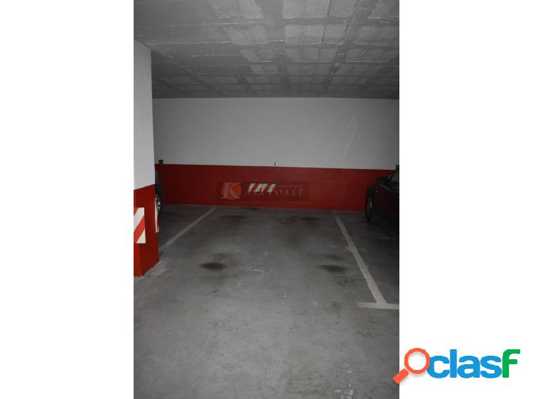 Plaza de garaje en venta en zona céntrica de Fuengirola.
