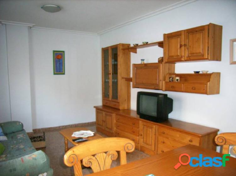 Piso de alquiler con una plaza de garaje en Altabix
