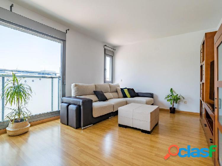 Piso en venta de 134 m² Calle Ligonde, 28050 Madrid