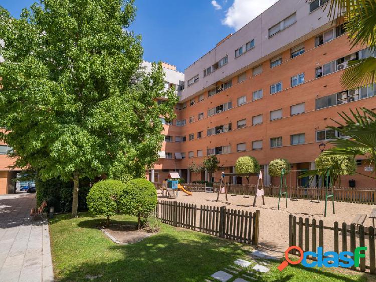 Piso en venta de 142 m² Calle Moscú, 28022 Madrid