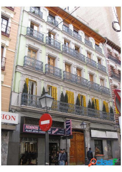 Piso en venta en calle Valverde, zona de Gran Vía, 28004