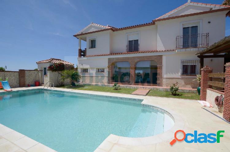 Precioso Chalet con piscina en una de las mejores zonas de