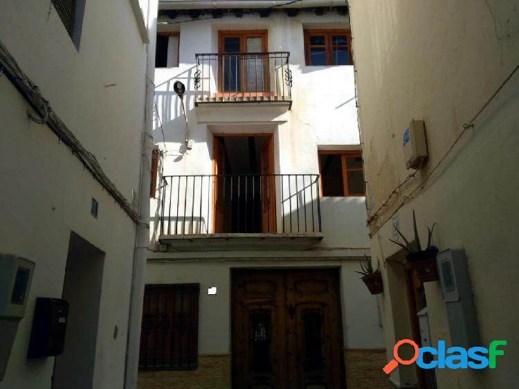 Casa en venta en Requena (Valencia)
