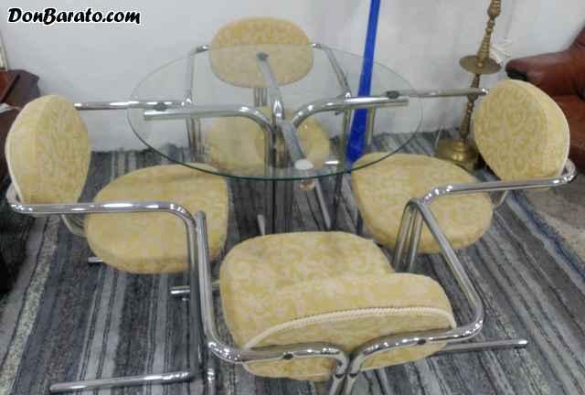Conjunto mesa y 4 sillas años 60