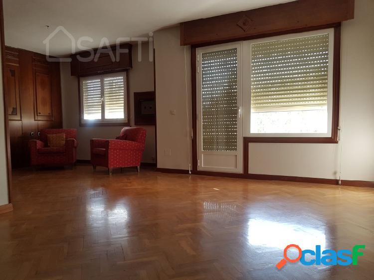 Estupendo piso en la mejor zona de Guadalajara en edificio
