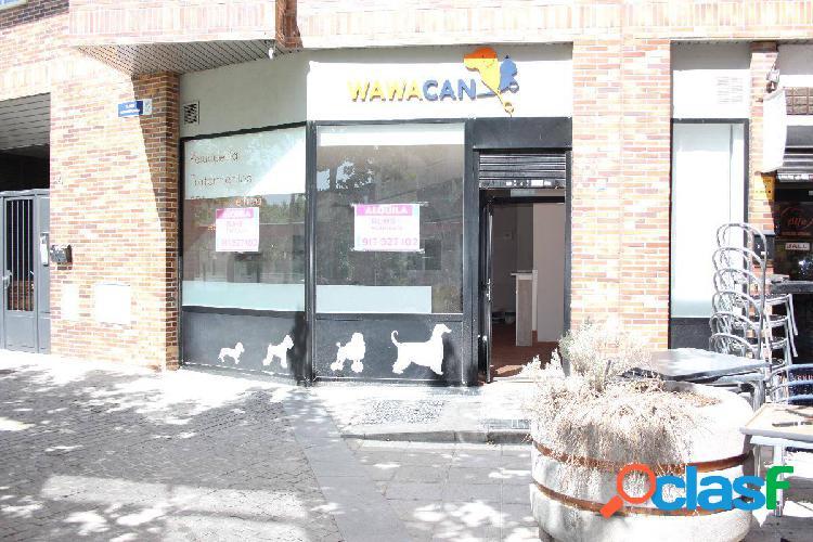 LOCAL COMERCIAL CON SALIDA DE HUMOS DE 70M2