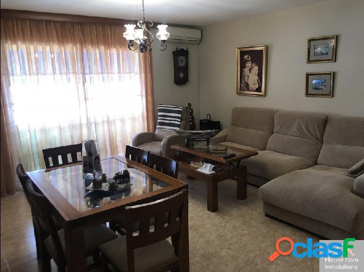 Piso de 3 habitaciones en Arroyo de la Miel