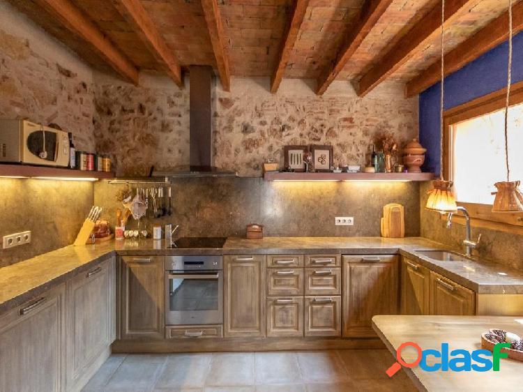 Preciosa casa rustica, totalmente reformada con acabados de
