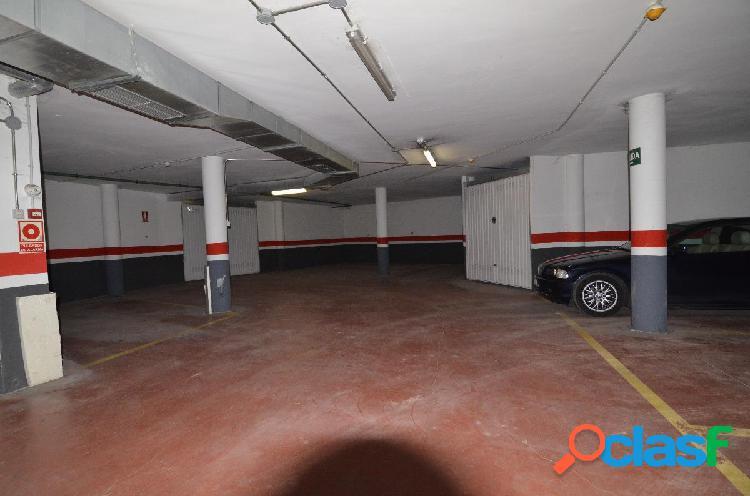 Urbis te ofrece unas plazas de garaje abiertas en Aldeaseca