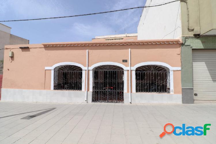 Venta de casa en Carretera Ronda