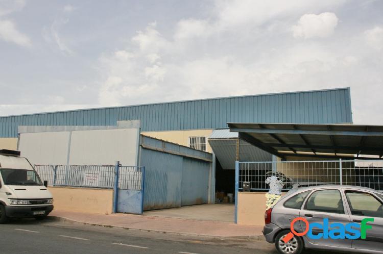 Nave industrial en poligono industrial de San Vicente