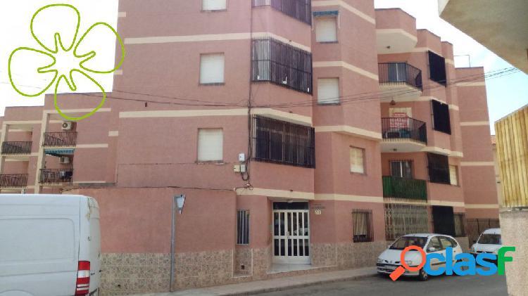 Piso en venta en calle Calderon, Puerto de Mazarrón, Murcia